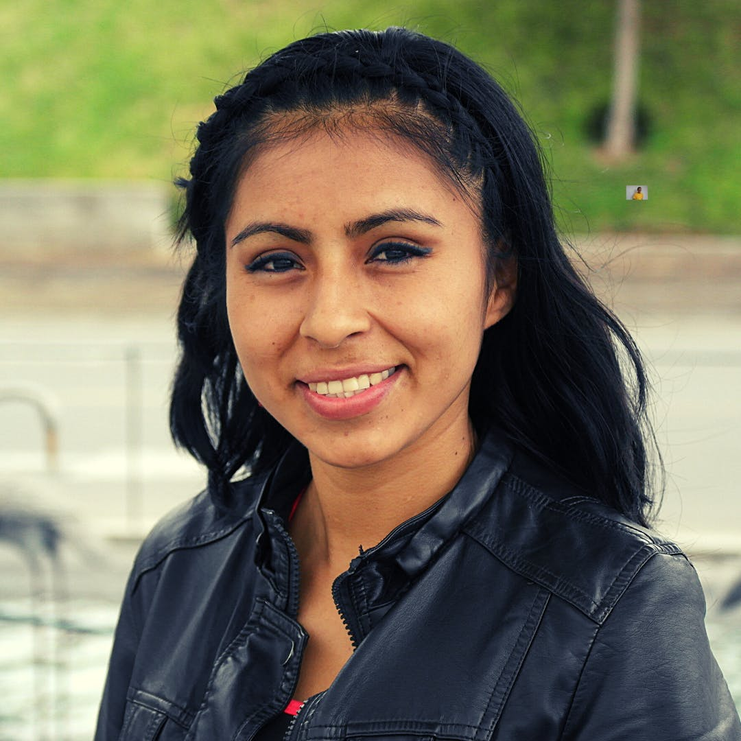 Jeny, a Help Them Hope scholar who received career planning help